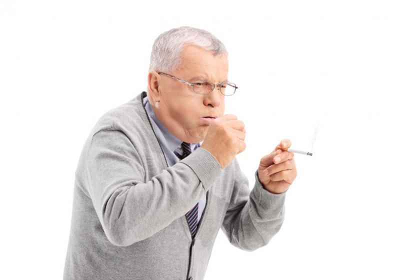 Причина кашля курильщика